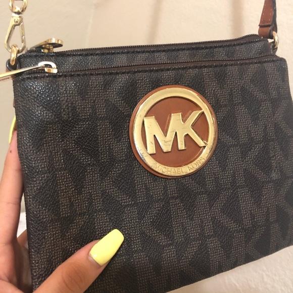 8c5bfc51b9c3bb M_5b2e159934a4ef3e93803ba5. Other Bags you may like. MICHAEL KORS ...